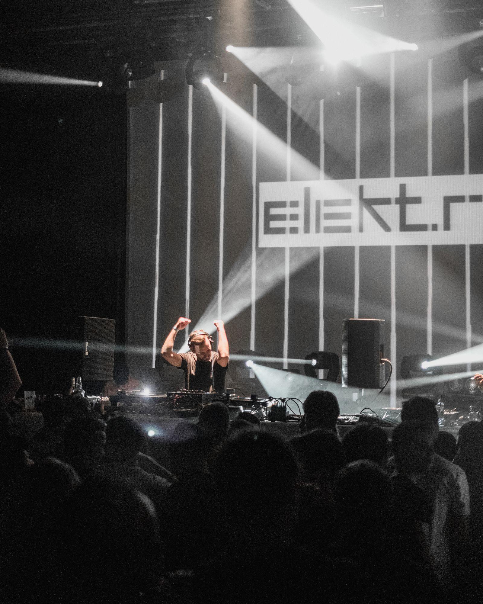 elektra-27-of-55-.jpg